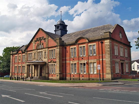Farnworth Town Hall